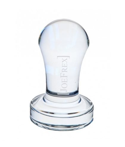 Abbildung des JoeFrex Crystal Clear Tamper mit dem sandgestrahlten Logo