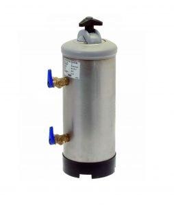 Abbildung eines manuellen Wasserenthärters mit 12l